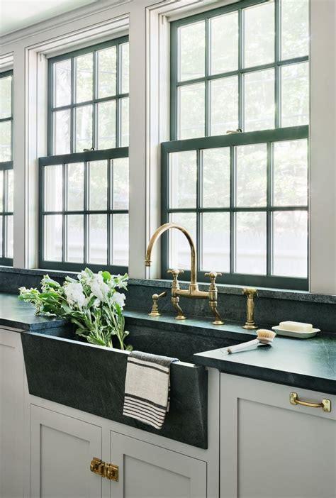 green kitchen sinks 25 best ideas about black kitchen sinks on