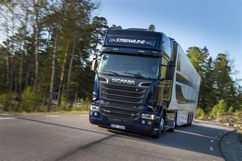 the new scania streamline in shape to stay ahead jl