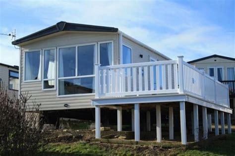 2 bedroom caravans for sale 2 bedroom caravan for sale in panorama road swanage bh19