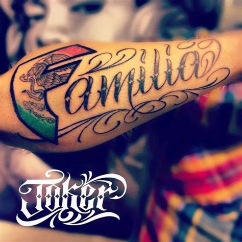 familia tattoo how mexican flag is incorporated in the f great idea