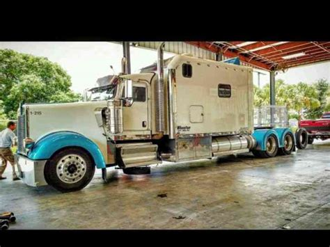 custom truck sales kenworth kenworth 2009 sleeper semi trucks