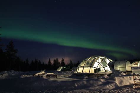 igloo to watch northern lights kakslauttanen fabulous journeys