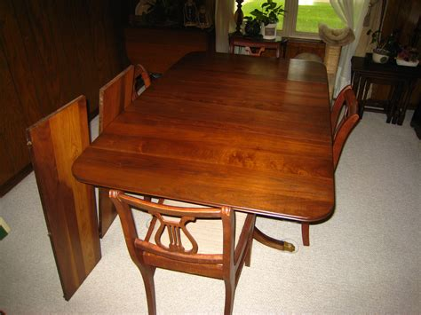 duncan phyfe dining table and chairs for sale banded mahogany duncan phyfe style dining table w brass