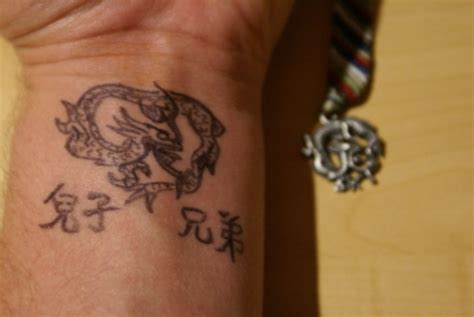 amazing wrist tattoos 18 amazing wrist tattoos