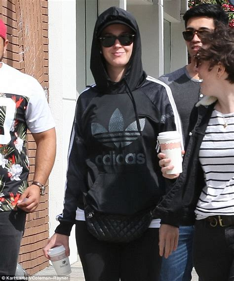 Hoodie I Katty Perry katy perry keeps a low profile after meeting boyfriend