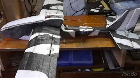 video of homemade foam board rc fpv airplane setup fpv foam glider homemade rc airplane flying crash youtube