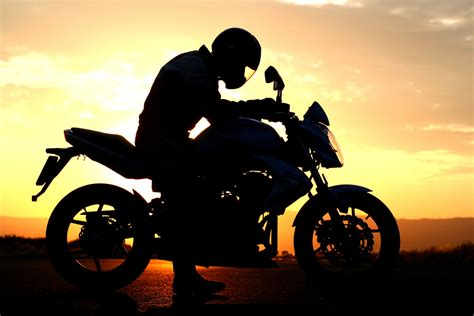 California Motorcycle Lawyer by Motorcycle Accidents Spinal Cord Back Injuries