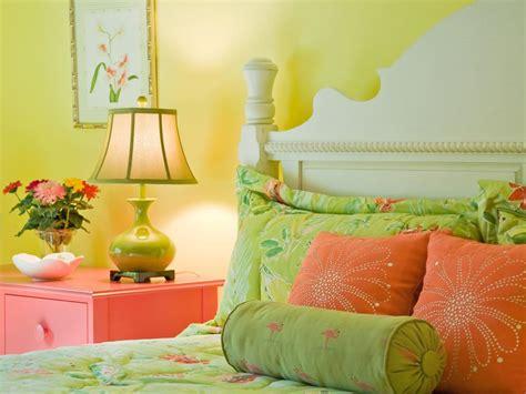 15 cheery yellow bedrooms hgtv 15 cheery yellow bedrooms hgtv