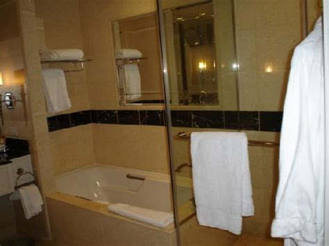 palazzo bathrooms fabulous 4 night stay at the palazzo the palazzo resort hotel casino pictures