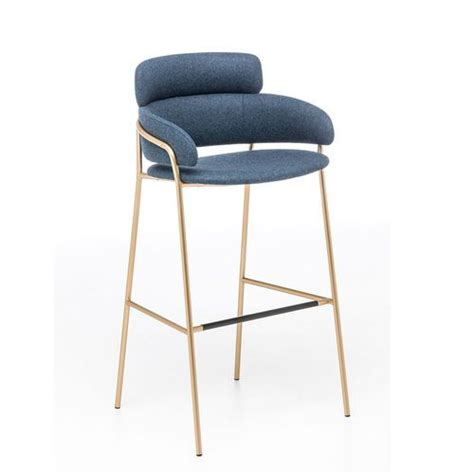 Bar Stool Retailers Near Me by 25 Best Ideas About Restaurant Chairs On