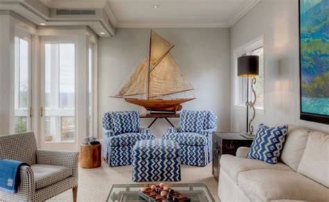 home decorative accessories combining some of the nautical decor elements and ship