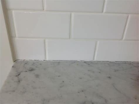 cracking groutsilicon  walls  kitchen  tile