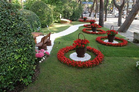 giardini fioriti immagini giardini fioriti flickr photo