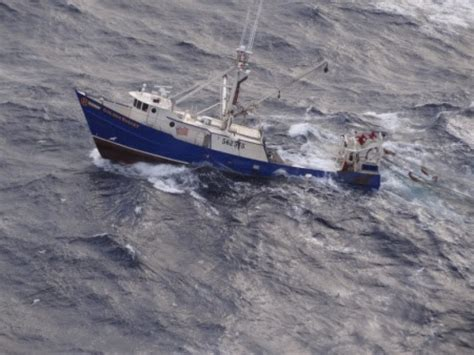 ocean city fishing boats nj update coast guard helps boat taking on water off cape may