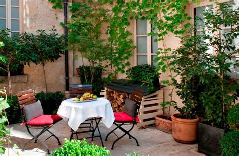 Petit Patio by Caf 233 Laurent Petit Patio Photo De Cafe Laurent