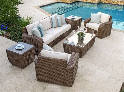 3095429 Php Martinique Resin Wicker Furniture Plastic Wicker Patio Chairs