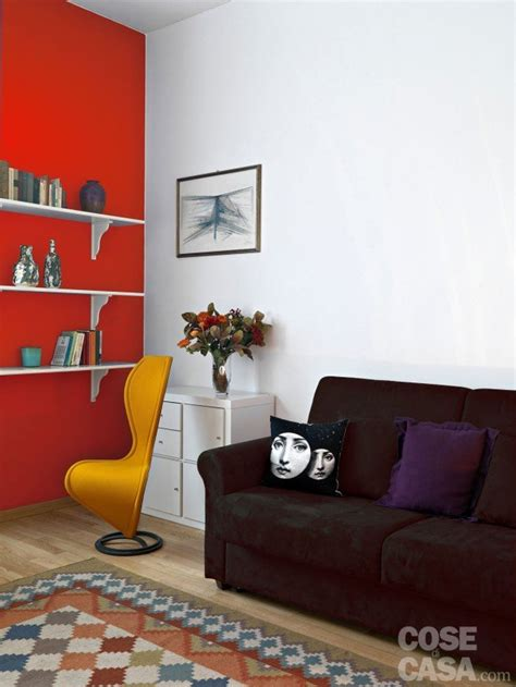parete rossa da letto pitturare le pareti i trucchi che ingannano l occhio