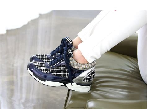 Wedges G01 shoe on high heels high heel sneakers