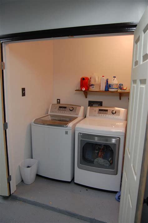 enclose  bit   garage    laundry room  link