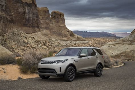 land rover wallpaper 2017 new land rover discovery arriving in uk this week starting