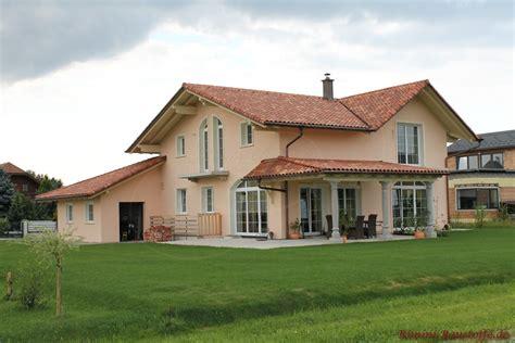 welche hausfarbe zu rotem dach romane canal farbe pays doc sch 246 ne kr 228 ftige rote