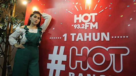 lagu film oshin ratu idola meriahkan hut pertama hot fm