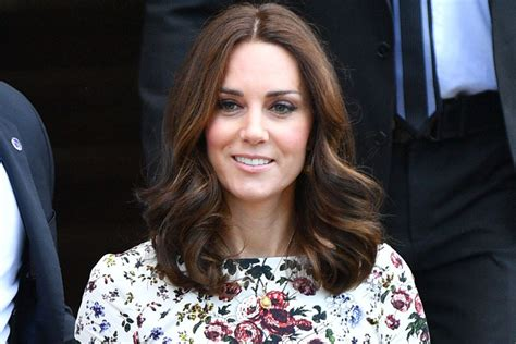 kate middleton c section kate middleton brought the perfect summer nude sandals to