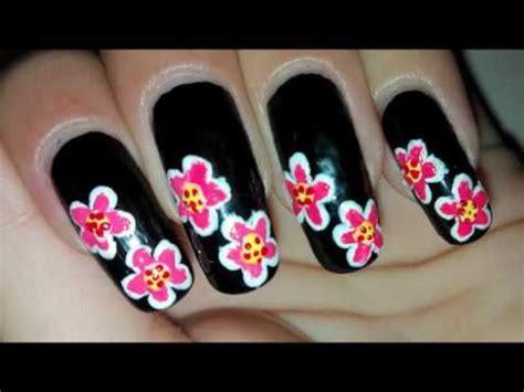 easy nail art tutorial no tools easy diy flowers on black nail art tutorial no tools