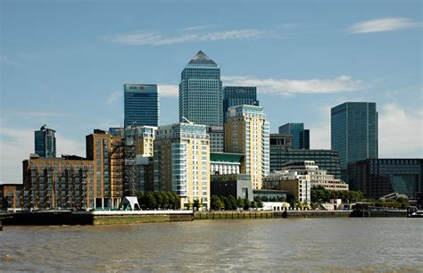 canary wharf file london canary wharf from thames 2011 03 05 jpg