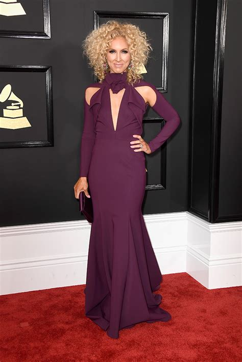 kimberly schlapman nash country daily s top 5 best grammy red carpet looks