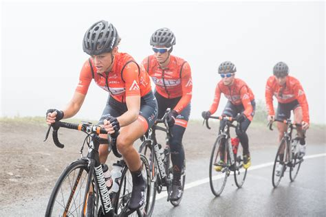 bike raincoat the pros and cons of riding in the rain canadian cycling