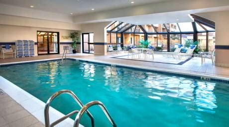 In Door Pools In Nyc by Hotels With Indoor Pools Montgomery County Pa