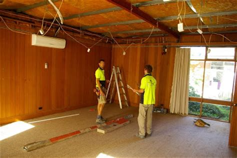 Stramit Ceiling by Violet Town Ecoliving Project Insulate