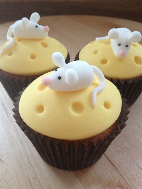 Cupcake Cheese cheese cupcakes with tiny mouse meghan s likes cheese cupcake mice and cheese