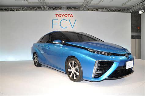 Toyota Fcv Toyota Fcv Reveal Photo Gallery Autoblog