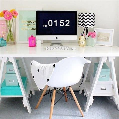 Pinterest Office Desk Best 25 Desk Ideas On Pinterest