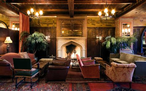 Fireplace Resturant by New York S Best Fireplace Bars Travel Leisure