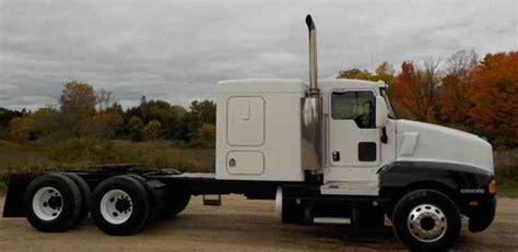 Kenworth Flat Top Sleeper by Kenworth T600 2006 Sleeper Semi Trucks
