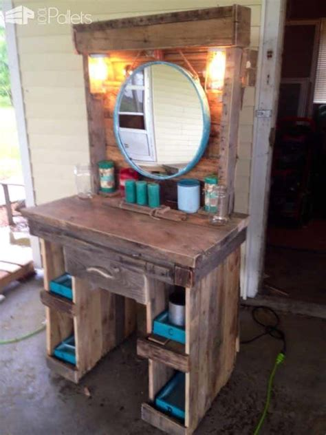 Makeup vanity made from reclaimed wooden pallets 1001 pallets