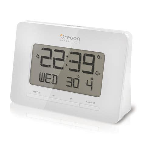 oregon scientific us radio controlled alarm clock white