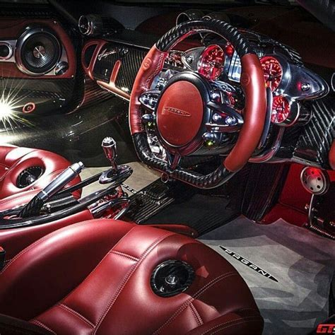 pagani huayra interior pagani huayra interior pictures to pin on