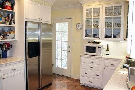 white glass kitchen cabinets glass kitchen cabinet doors designs