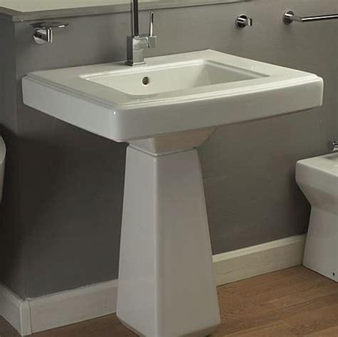 lavabo en c 233 ramique blanche d inspiration d 233 co