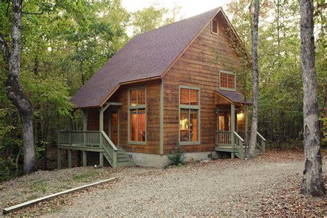 cabin creek august creek cabin in broken bow ok sleeps 2