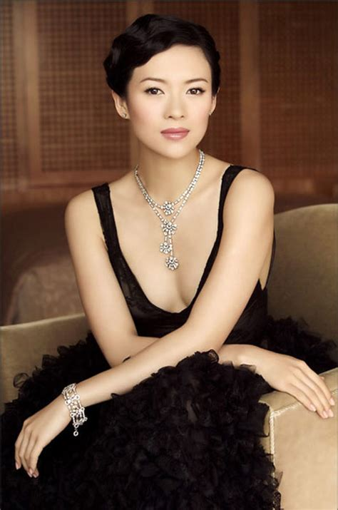 chinese film noir gong li zhang ziyi vie for quot queen quot of oscars ent pic