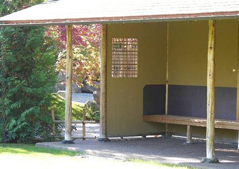 terrasse pavillon terrassenüberdachung kleine ueberdachte terrasse japanischer garten
