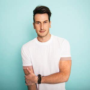 russell dickerson best songs russell dickerson 187 listen and download mp3 songs
