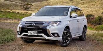 Mitsubishi Reviews 2017 Mitsubishi Outlander Phev Review Caradvice