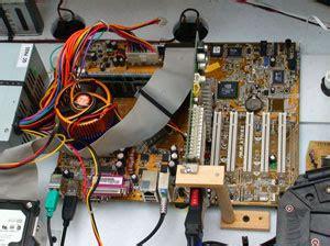 Mainan Board Base construya su videorockola gt colocando el fuente board