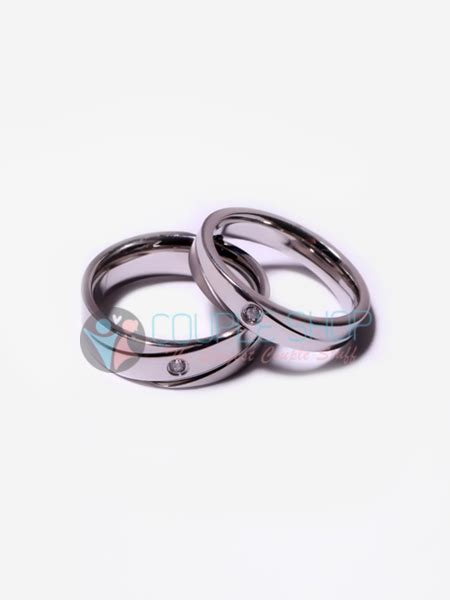 Cincin Pria Gold Permata Bahan Titanium Anti Karat Pudar cincin 267 shop